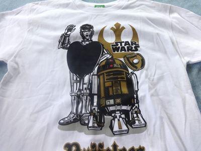 スターウォーズ、ちゃんと本物のライセンスのTシャツ。驚異の300円。