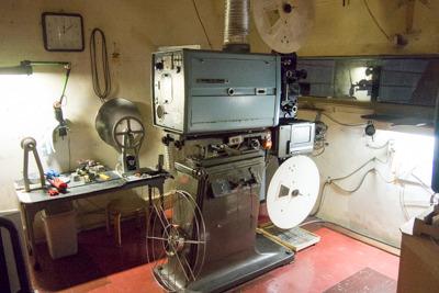 全国で最も古い映写機の可能性も