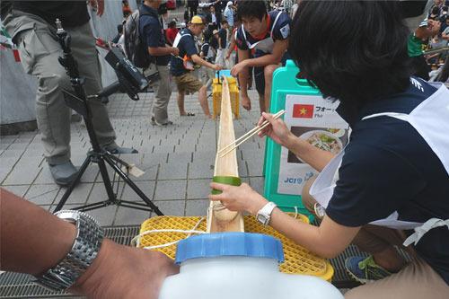 竹の角度は20~25度、長さ10m