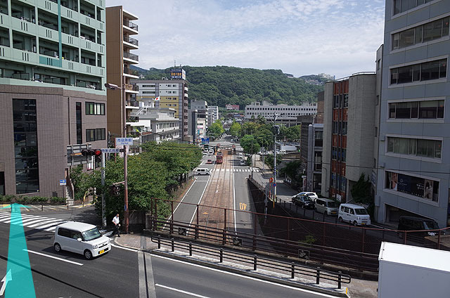 昭和29年にトンネルができ、現在の線路に替わった。