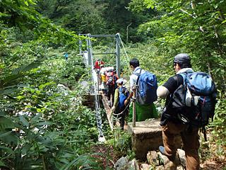 川を渡る吊り橋が2か所あるのも、冒険っぽくていいと思う。