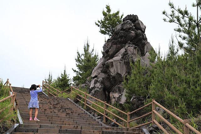 こんな感じで気になる岩をパシャパシャ撮っていた。