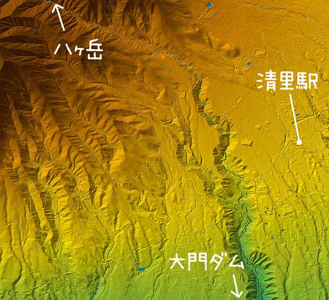 いつものように地形図を見てみた。そりゃあ本来のウリは高原だよなあ、とあらためて思う。それにしてもいつも見ている首都圏の地形図とはスケールが違いすぎてびっくりだ。すごいぞ、山。