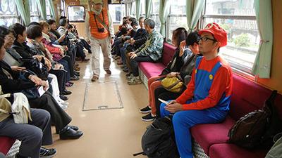 帰りは普通の列車だけどマリオのまま帰った