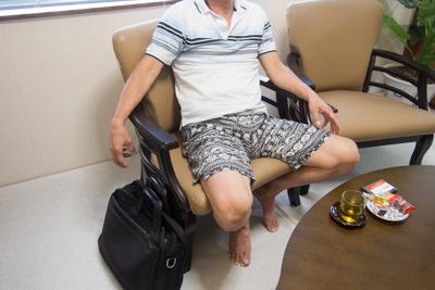 仲村渠さんは顔出しNGとのこと。本文と関係ないですけど「仲村渠(なかんだかり)」って沖縄に住んでないとまず読めないですよね。