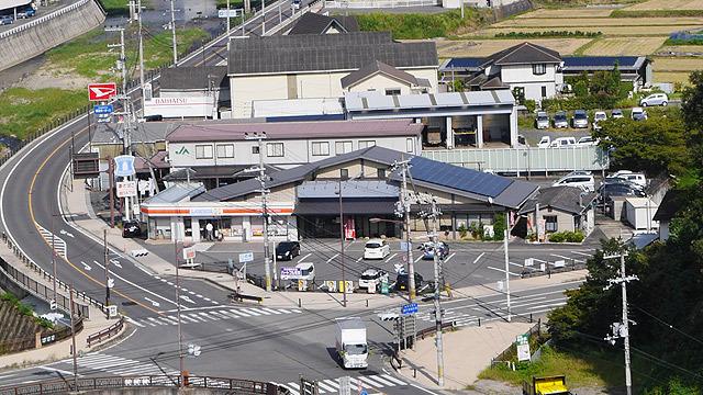 元道の駅を見下ろしながら、