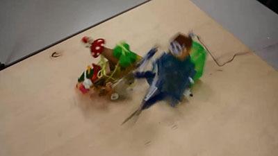 ほんとにほんとの最終試合、待ち伏せする殺ロボマシーンに水玉きのこの突進が炸裂!