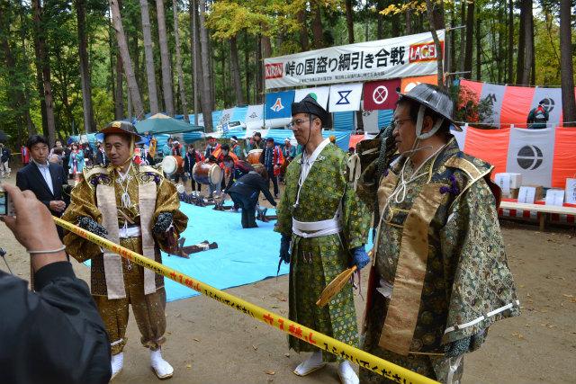 左から浜松市長、豊橋副市長、飯田市長。仲良し三人組である