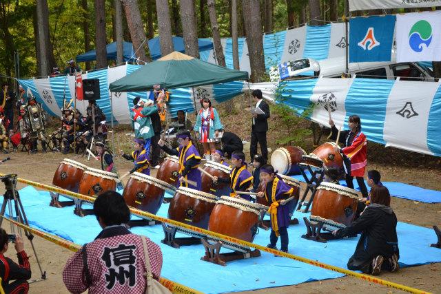 地元の子供達による和太鼓の演奏