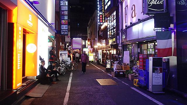 東京の夜は明るい!
