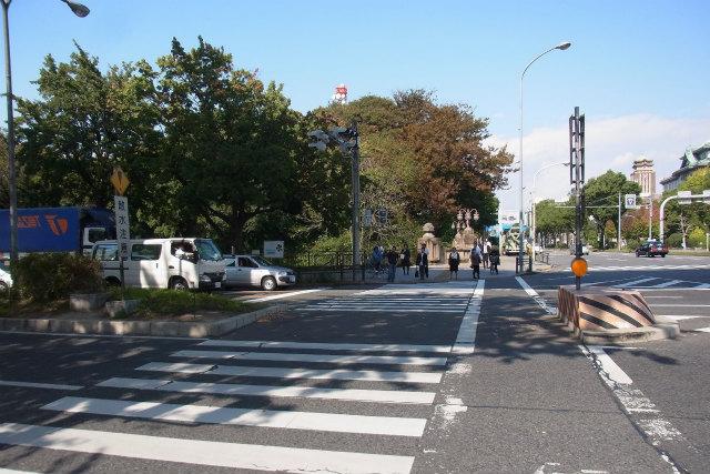 横断歩道のさきに「大津町駅」はある(あった)はず!