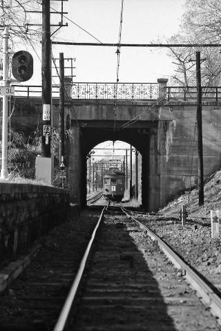 トンネル部分の線路が「ガントレット」になっている(写真提供:名鉄 瀬戸線の思い出)