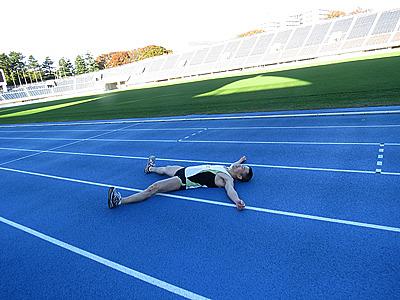 100kmや200kmのマラソンの時よりも肩や首などに長くダメージが残りました。オッサンはゆっくり走るに限るね。