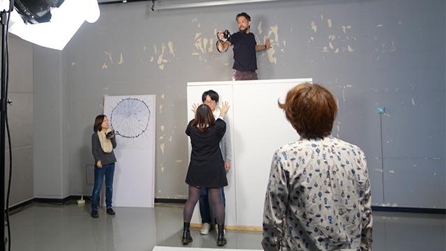 岩沢さんが熱心に撮影するあまりまずい感じになっていた