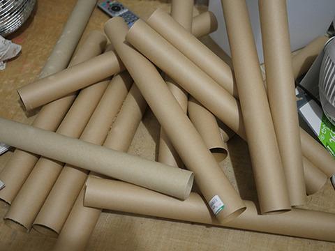 世界中からかき集められた紙管のエリートたち