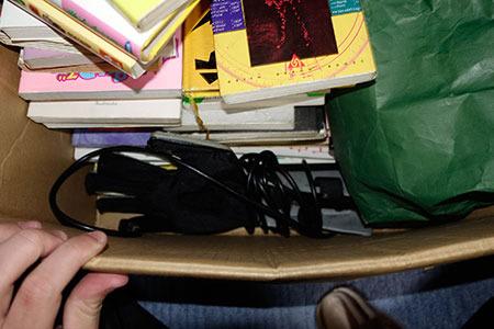 そして、箱の余ったスペースにこんな物も詰め込まれていました