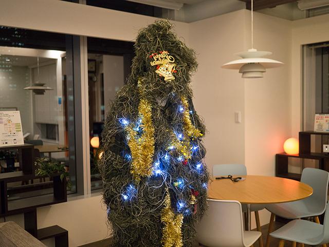 ハロウィンとクリスマスの狭間で生まれた怪物。