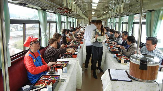 うまそうなきのこ料理と電車とコスプレの住さんが一度に楽しめるお得記事