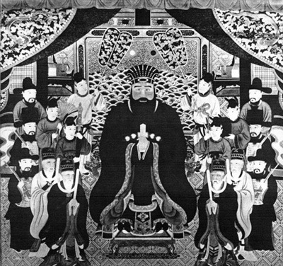 wikipedia「尚円王」より。頭にかぶっているのが玉冠(たぶん)
