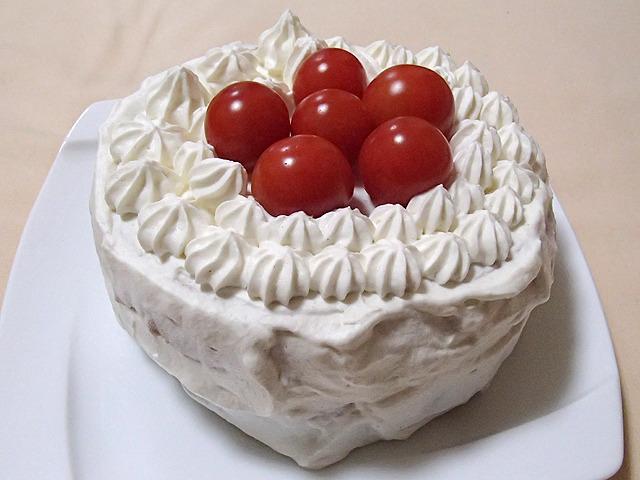 ワサビ風味の甘くないケーキです。