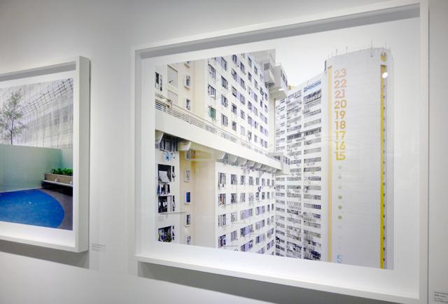 「シノゴ」と呼ばれる大きなフィルムの写真機で撮った香港の団地たち(ちなみにぼくの団地写真集もシノゴで撮ってます)。ほんとすてきな展示だった。この写真が一番好き。