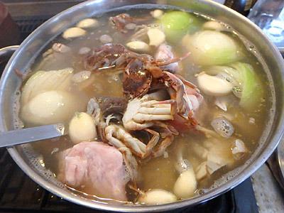 味噌は入っていないけれど、カニミソならたっぷりと入っている贅沢スープ。
