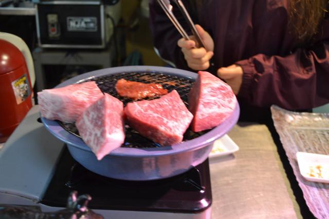 でも肉はうまそう