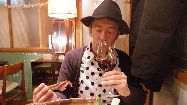 芳醇な赤ワインの香りを楽しみながら