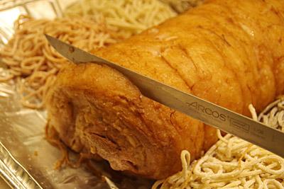 ブッシュドノエルらしいかどうかは置いておいて、うまい肉であることは間違いあるまい。