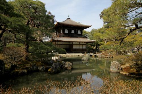 同じく東山文化の代表格「慈照寺(銀閣寺)庭園」