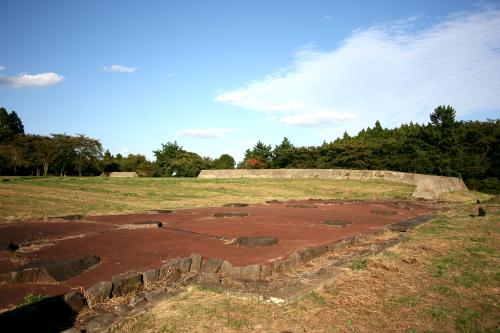 大宰府と同じように東北地方を統治していた宮城県の「多賀城跡」もまた特別史跡
