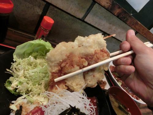 マグロの天ぷらはこんなにデカい