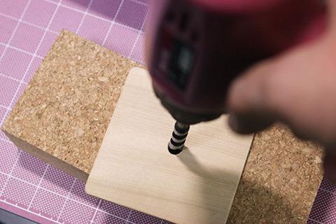 電気工作から木工にチェンジ。こたつの天板作成中。