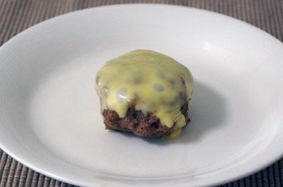 これがチーズonハンバーグだ!