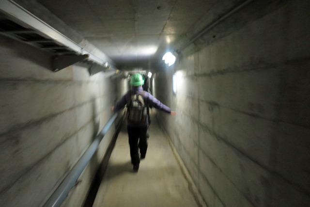 トンネルを歩くことおよそ20分