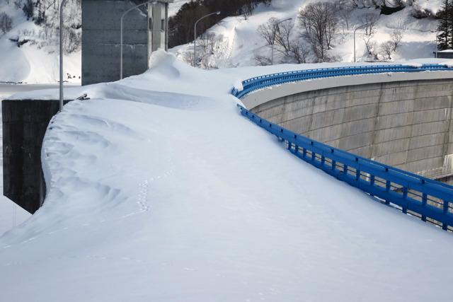 雪が柵より高いの怖い