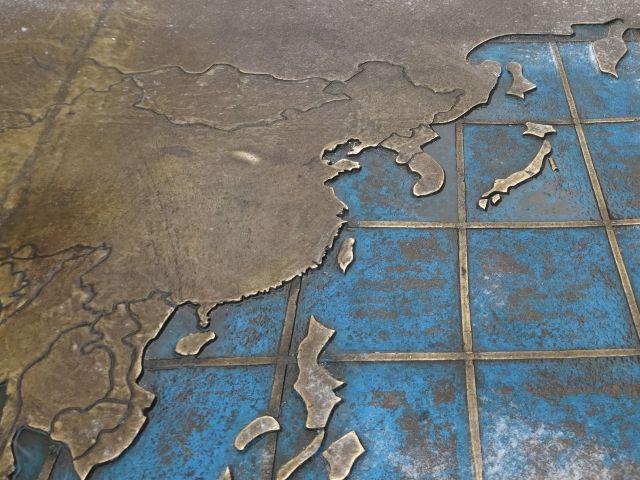 日本は本州・北海道・四国・九州があるのは地図師も知ってるらしい
