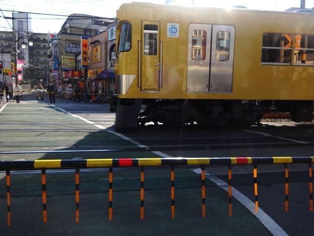 西武新宿線を見るだけでいろいろ思い出して胸が痛む。