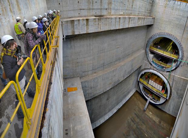 かつて大橋ジャンクションの立坑をみんなでうっとりと眺めた。「みんなで建設中のジャンクション鑑賞」より。