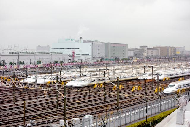 そしてさらに新幹線の車両基地もこんな角度から見えるようになるのだ!