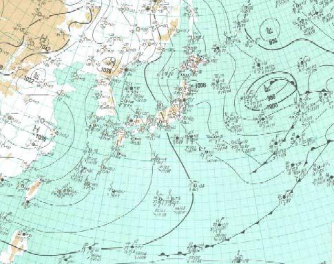 久米島でみぞれが降った日の天気図(気象庁より)
