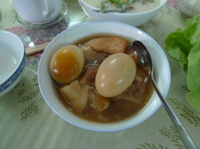 豚肉の角煮と煮玉子、