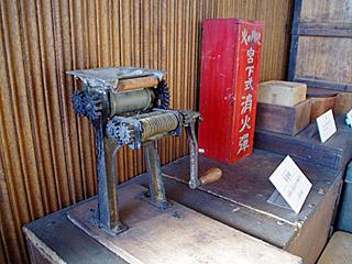 展示されていたのは、小野式製麺機A型。生産地である戸田市から中山道を通ってやってきたのだろうか。