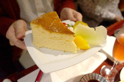 チーズケーキ?!