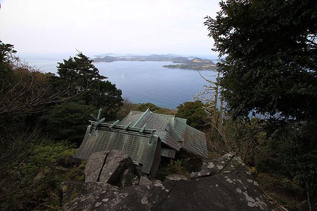 王位石より小値賀島方面を見る。