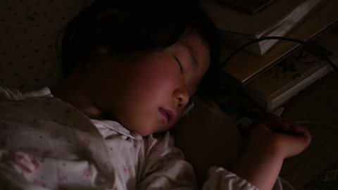 『子供の寝顔を見ると「明日もがんばろう」と思えるんです』そんな話をきく