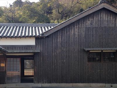 『石橋』千住博 氏の代表作である「ザ・フォールズ(滝)」に圧倒されてしばらく見入ってしまった。