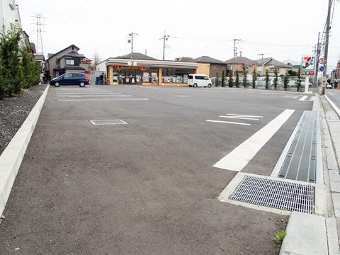 コンビニの駐車場がでかいことに興奮したりすることなのかもしれない