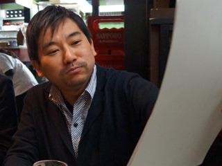 ●瀬津勇人 ニフティ株式会社 ブランドデザイン部 部長。ニフティ社のデザインチームを仕切る。テクニックとパッションを同時にあやつる商用デザインは文筆に近い作業なのではと急遽アサイン