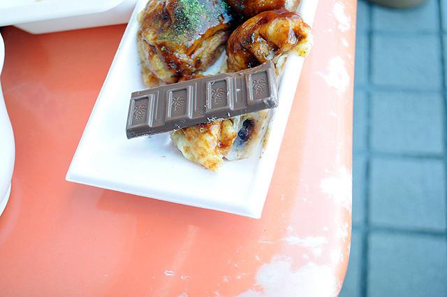 チョコレート落としちゃった感が否めない。